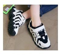Кросівки дитячі M-boan чорні з білим
